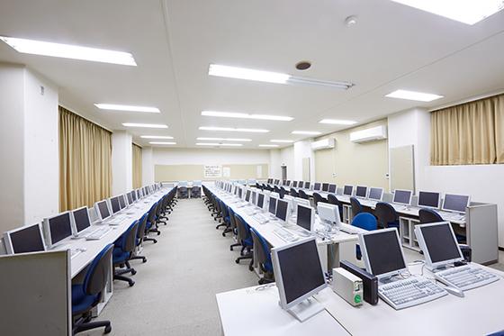 [B1F] 第2コンピュータ教室